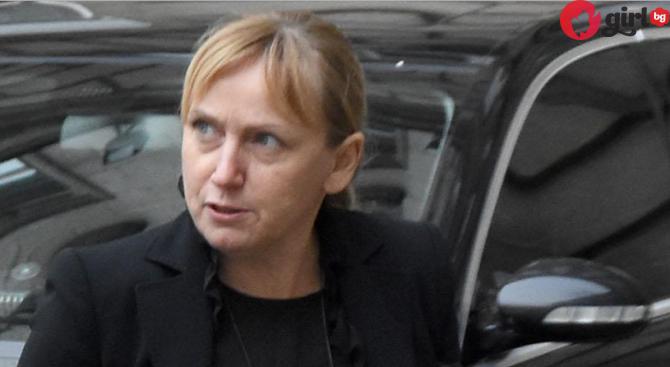 депутатката Елена Йончева
