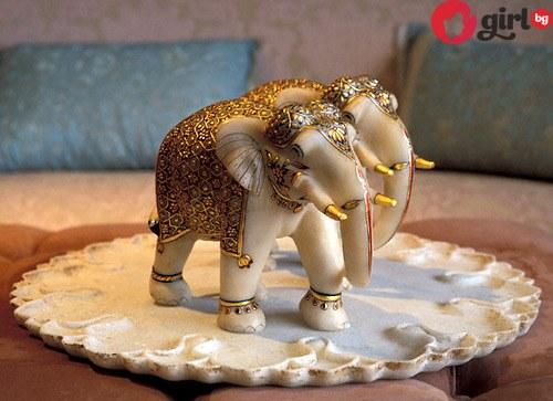 фигурка на слон за късмет