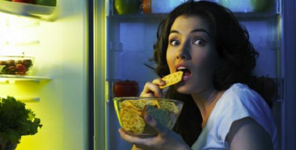 Учените разкриха кога можете да ядете през нощта и кога е по-добре да не го правите