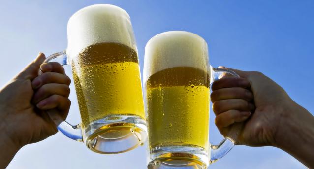 Вижте кой е точният час, в който е най-добре за здравето да пием бира