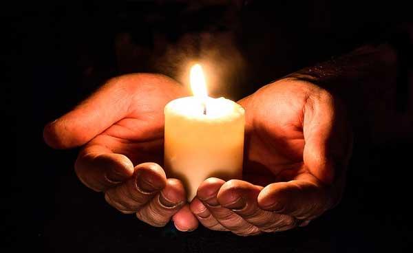 7 неща, които се случват с хората, когато се молят