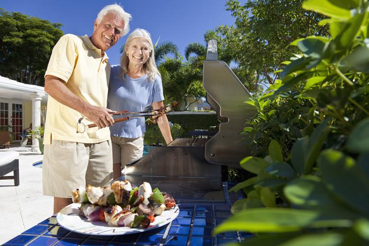 Кардиолози категорични, че възрастните хора не трябва да отслабват, причината е...