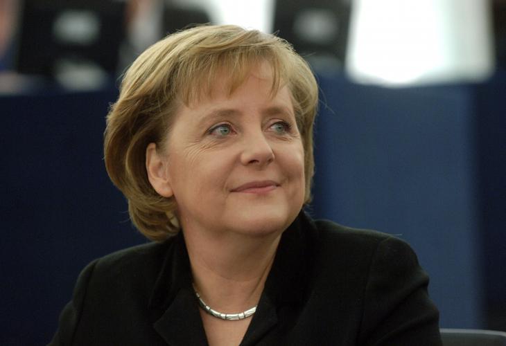 Меркел призна пред младежи за странните си екскурзии в България Вършех престъпление, а с по 30 марки на ден…