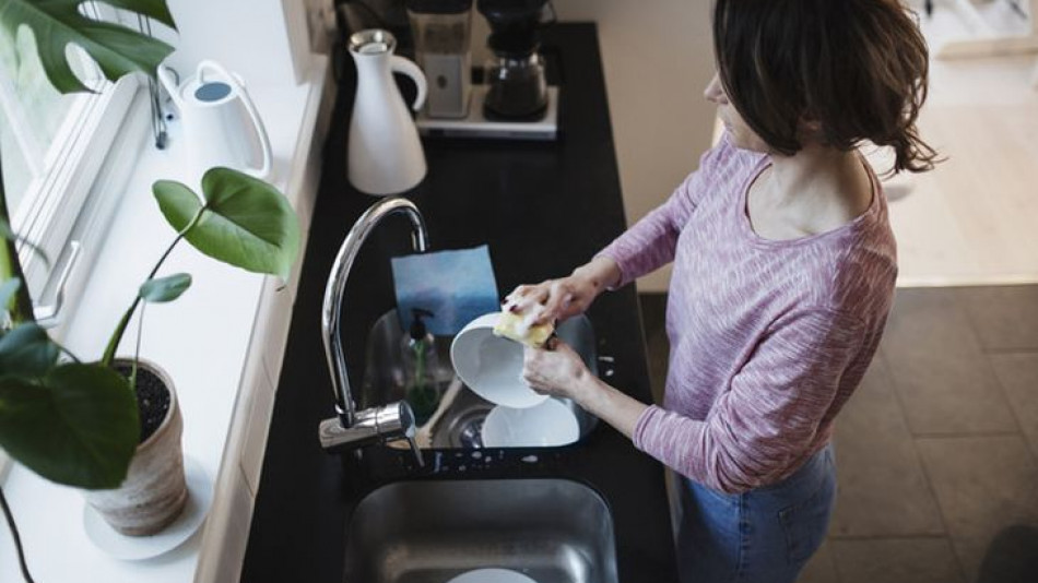 Никога не мийте съдовете и не се къпете по време на буря - ще ви се случи нещо ужасяващо!