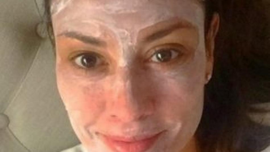 Тя е на 54, а на лицето си няма и една бръчка! На красотата й завиждат дори 25-годишните и всичко се дължи на...