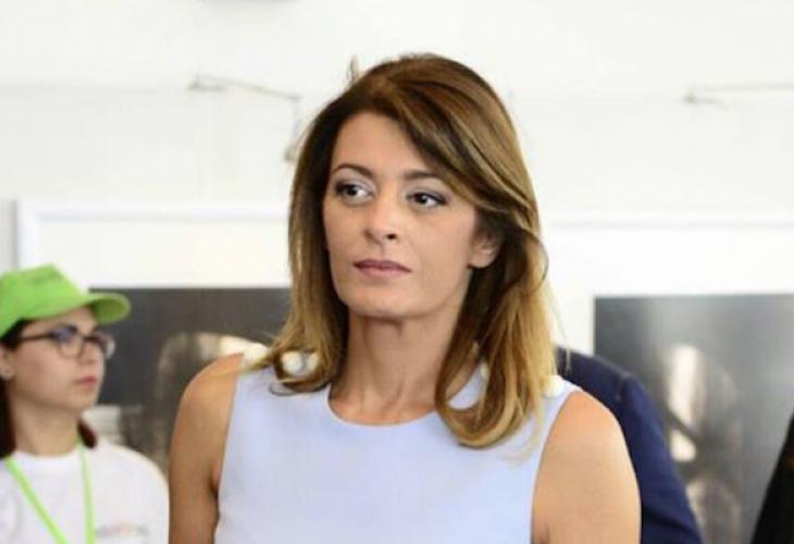 Десислава Радева взриви нета с тази песен и написа: Искам бръчките ми да продължават да се трупат (ВИДЕО)
