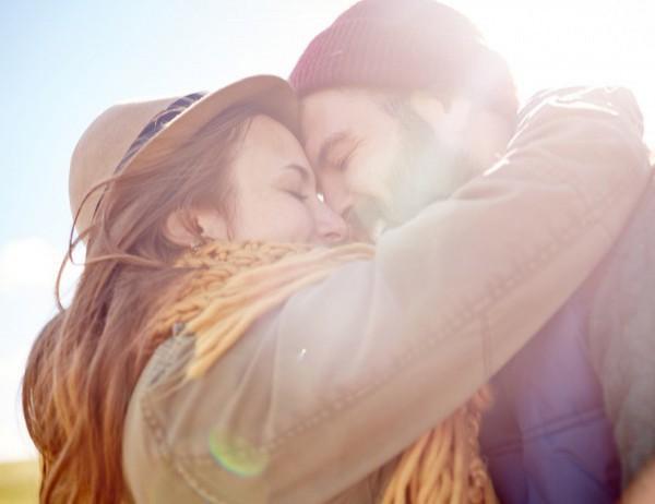 Любовен уикенд хороскоп за 6-7 октомври: Ето какво ви чака в любовта в края на седмицата!